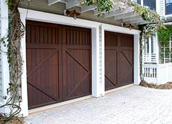 Exclusive Garage Door Service Lake Forest, CA 949-346-8090